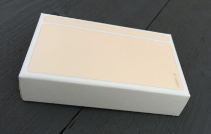 Paper box of plain rounded corner note cards