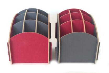 Grijs en rood pennenbakje van Werkhaus gecombineerd
