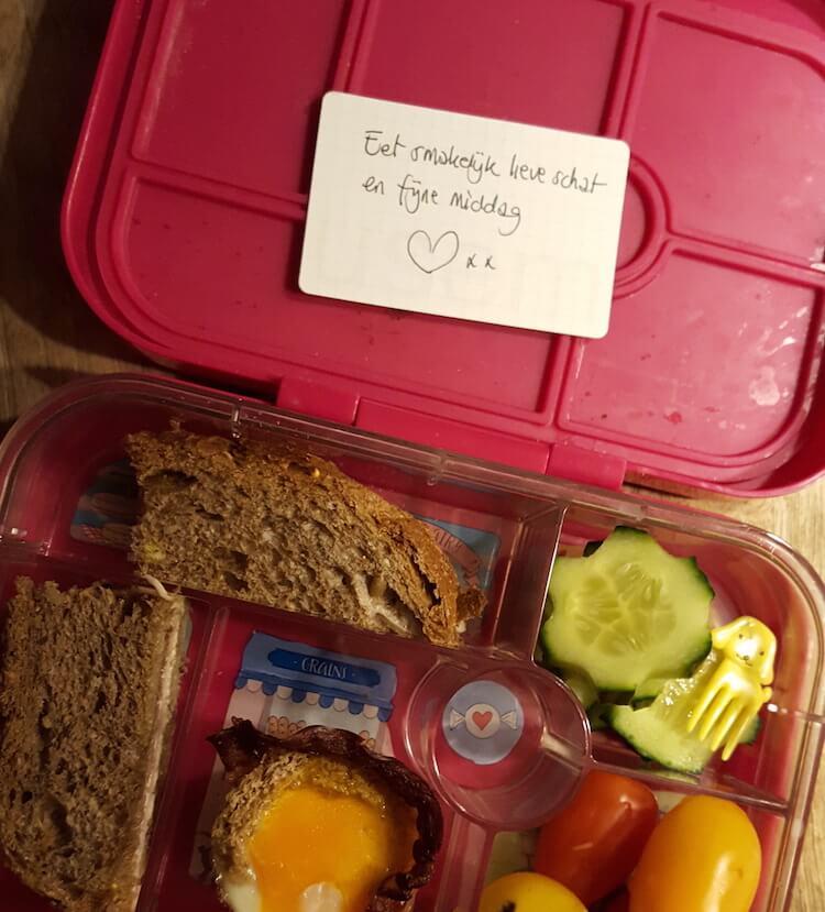 klein kaartje in lunchbox