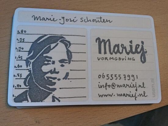 usem-kaartje als handgeschreven visitekaartje van Marie-José Schouten
